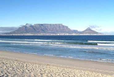 Cape-town-day-tour-table-mountain-bloubergstrand-beach