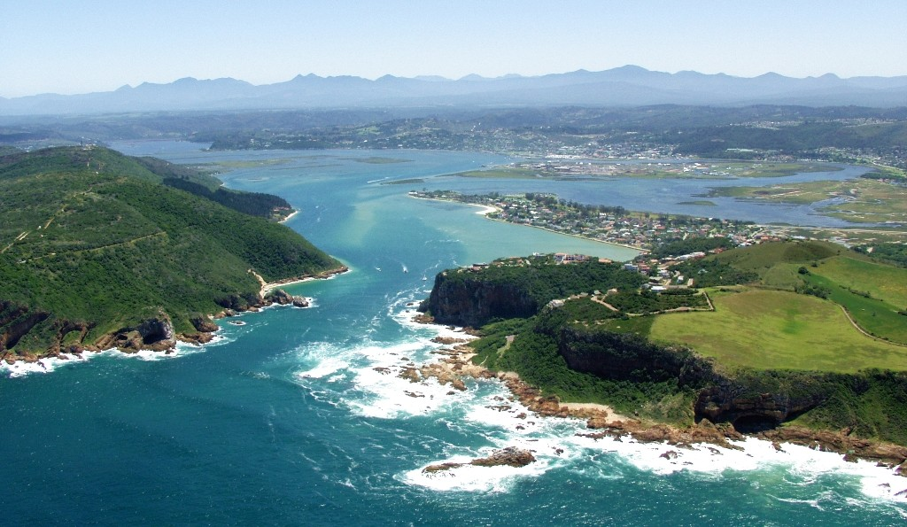 The Garden Route Tour includes the Jewel of the Garden route, Knysna, with its beautiful Lagoon flanked by the Knysna Heads which creates a stunning entrance to the Indian Ocean. Included on all our Garden Route Tours. Start from Cape Town before or after doing our fabulous Cape Town Tours