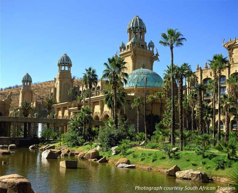 Johannesburg Day Tour options include a trip to Sun City